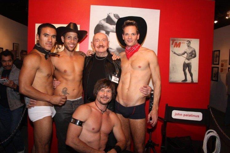 homo sex masaj lettkledde gutter